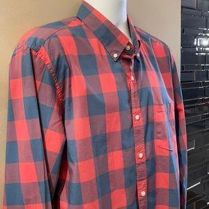 J CREW Button Down Shirt. Size X-Large (slim fit)